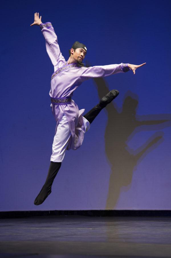"""Vũ công chính của ShenYun: """"Múa cổ điển điều khó khăn nhất không nằm ở kỹ năng bề mặt…"""" - H4"""