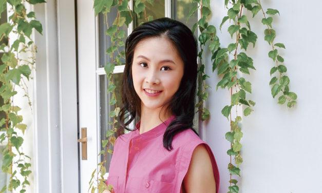 篤心淨思 不負韶華</br>——專訪神韻舞蹈演員肖嘉祺
